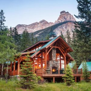 Cathedral Mountain Lodge | Field, British Columbia
