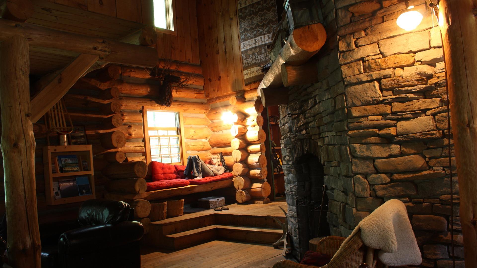Footsteps of the Pioneers | Winter Log Cabin Adventure